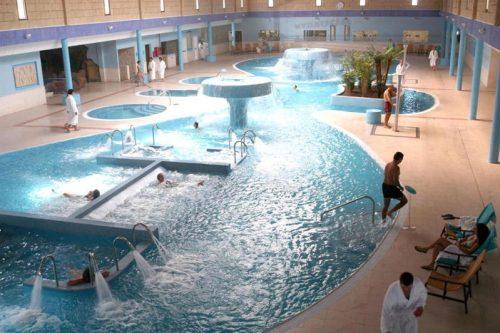 spa-circuito-03-foto-luminosa-piscina-grande.jpg